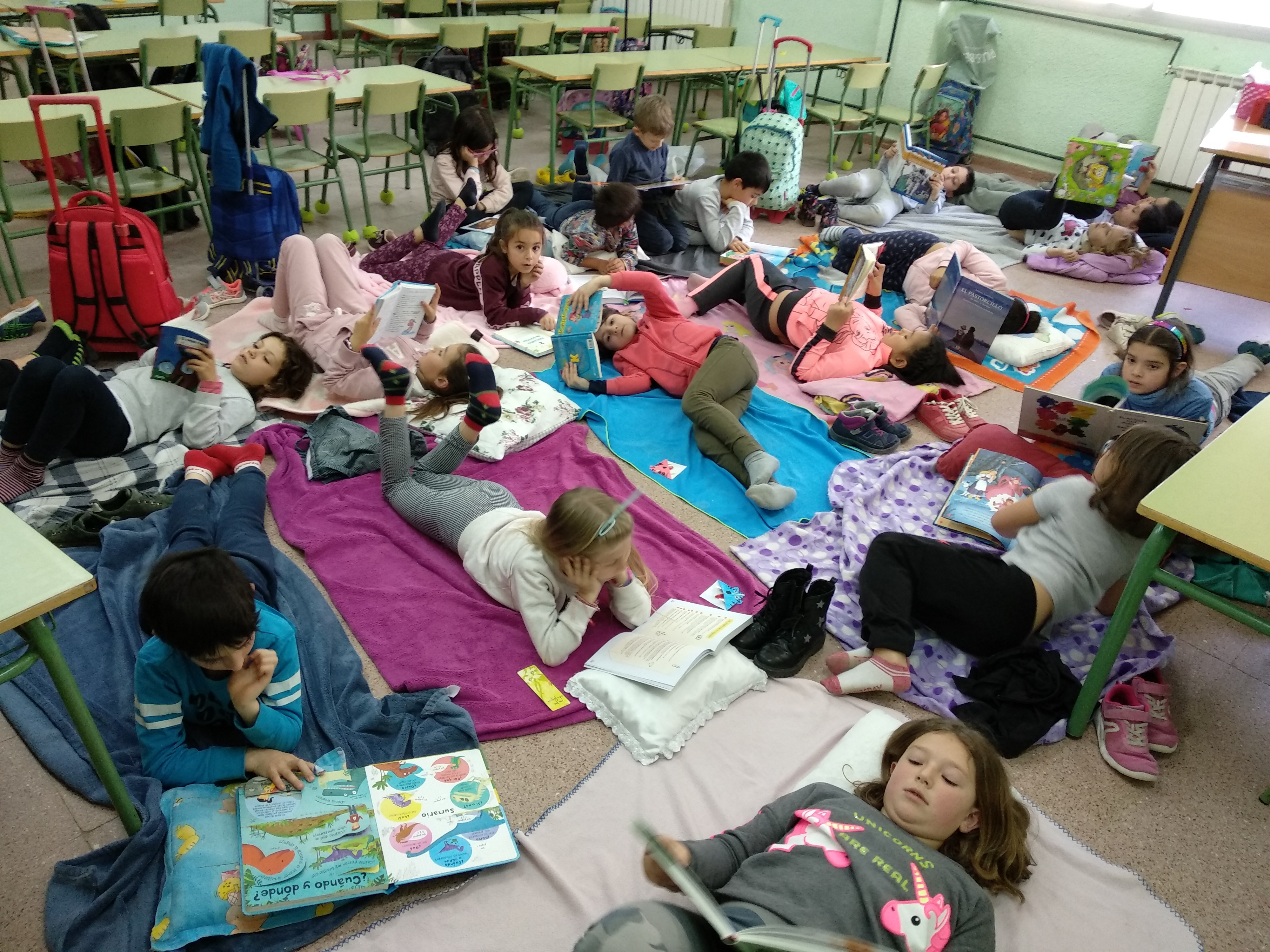 Reading Day 2nd grade 18
