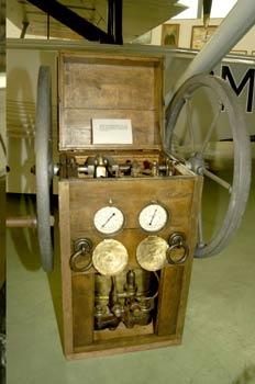 Equipo para proporcionar aire a los buzos, Museo del Aire de Mad