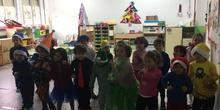 Infantil 4B nos desea felices fiestas con un villancico en inglés_CEIP FDLR_Las Rozas