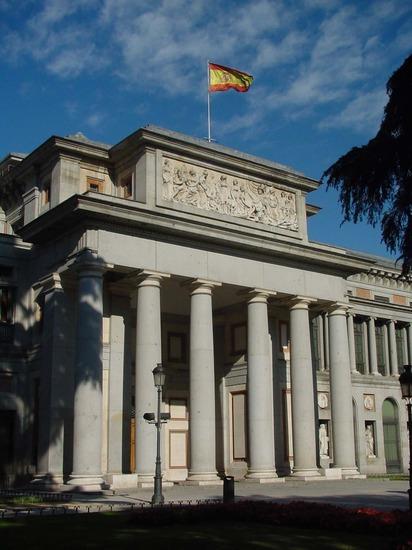 Fachada principal del Museo de El Prado de Madrid