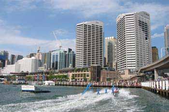 Sydney: exhibición acuática en Darling Harbour, Australia