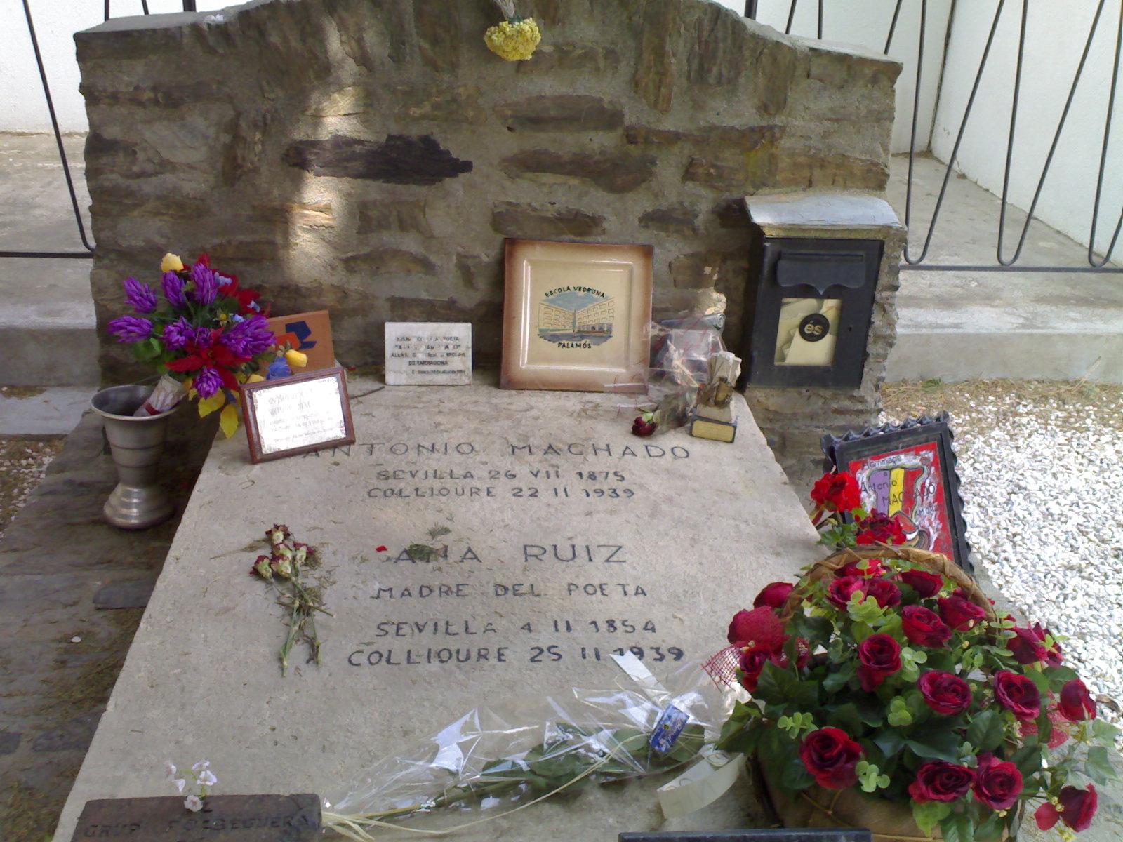 Tumba de Antonio Machado en Collioure (Francia)