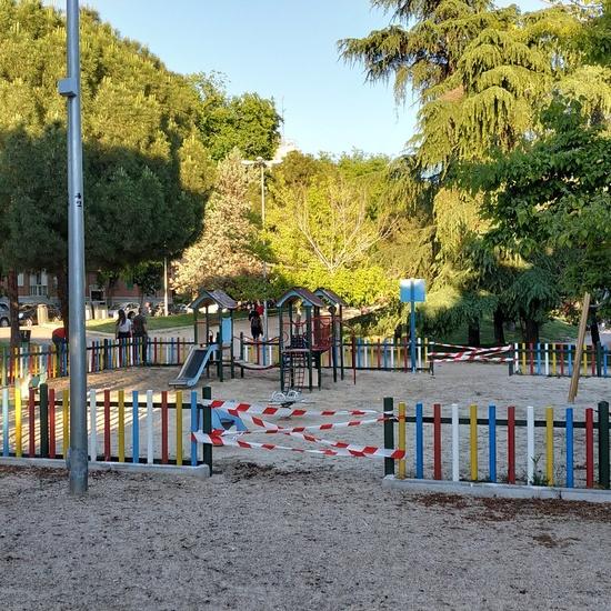 La pandemia en los parques infantiles 3