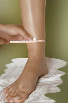 Vendas frías: medición extremidades inferiores. Paso 1