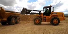 Práctica de carga de camión con Pala Cargadora