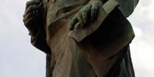 Estatua de Domingo Faustino Sarmiento, obra de Augusto Rodin, en