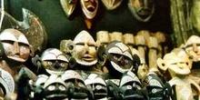 Máscaras de madera en miniatura, Marruecos