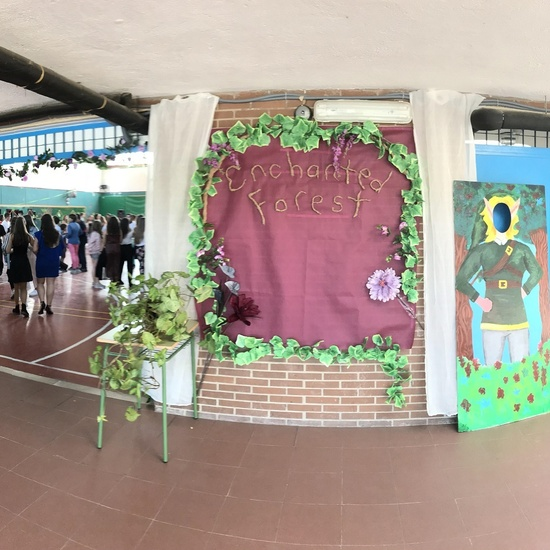 PROM 2018 Enchanted Forest 9