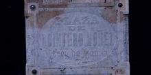 Placa con el nombre de una plaza