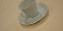 Plato y taza de café, grandes