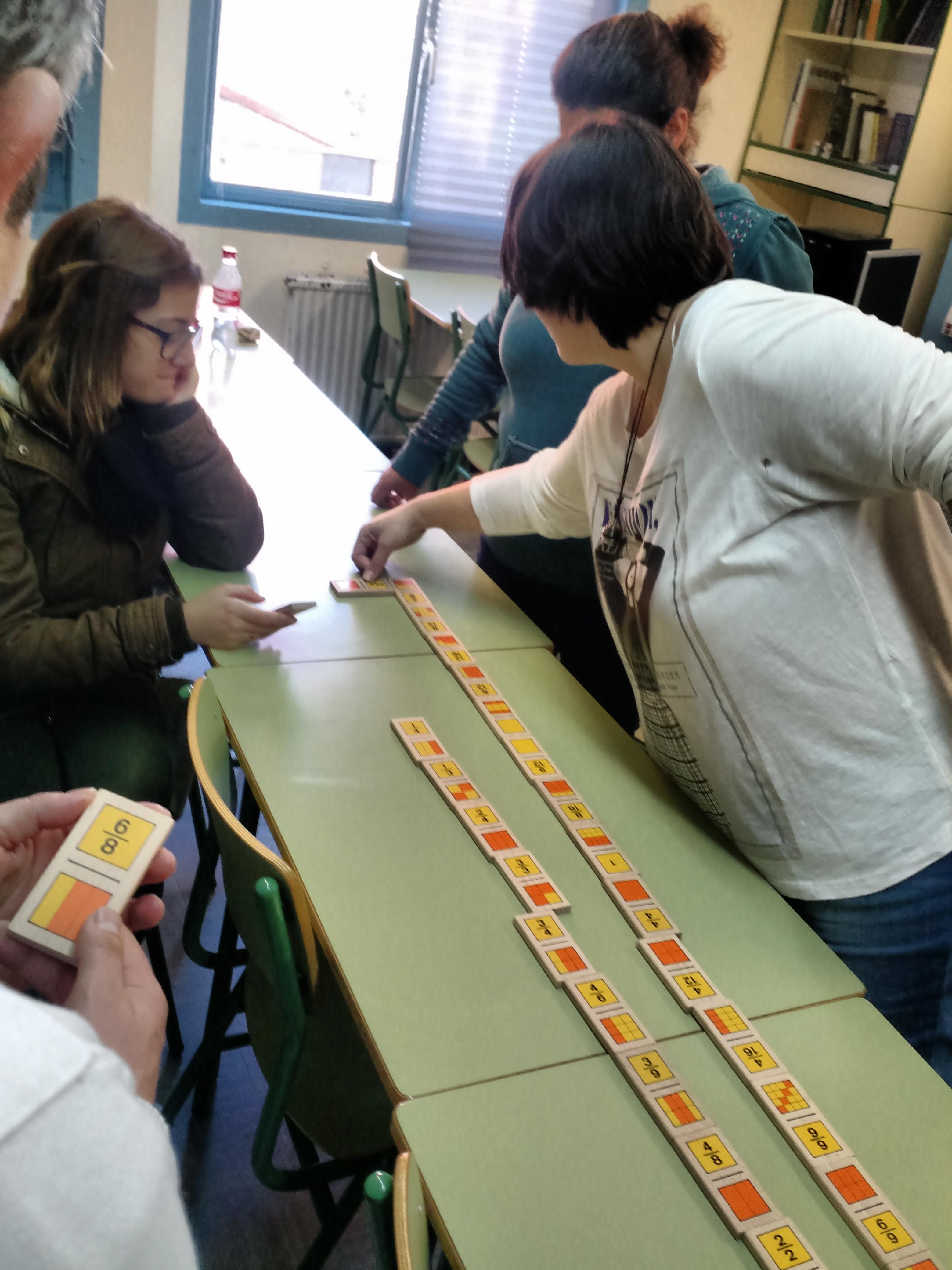 Jugando al dominó (fracciones) 8