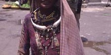Retrato de mujer con joyas antiguas, Pushkar, India