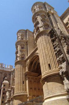Puerta de las Cadenas, Catedral de Málaga, Andalucía