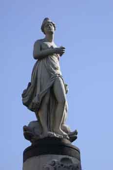Escultura de Afrodita, diosa del amor