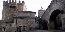 Torre de Bujaco y Arco de la Estrella - Cáceres