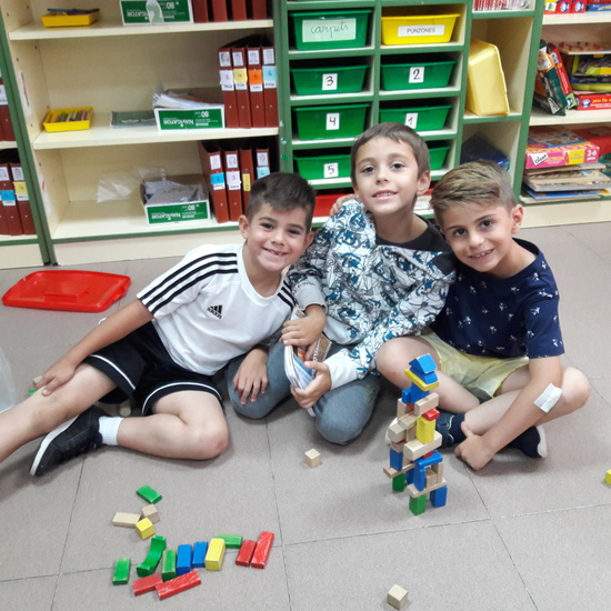 Some photos in 1B group (June 2019) 10