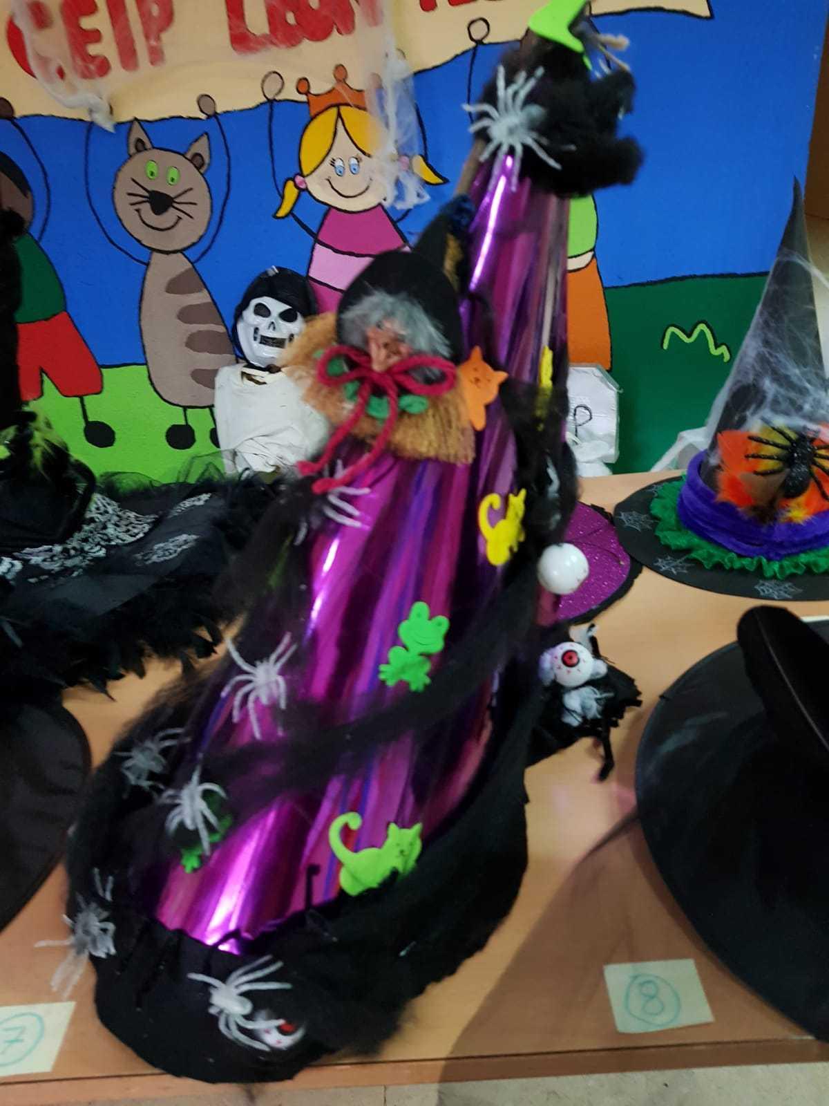 Curso decoración sombreros de bruja 3