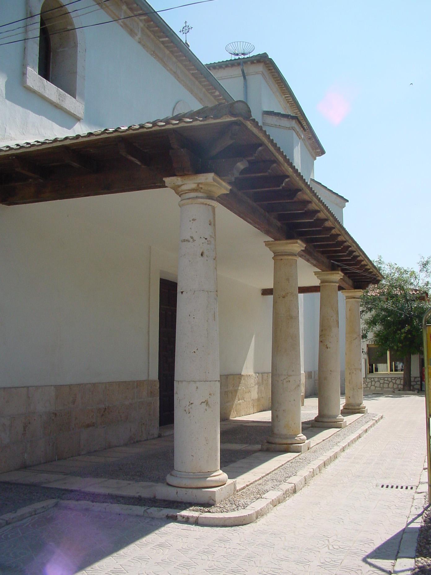 Puerta del Ayuntamiento de Titulcia