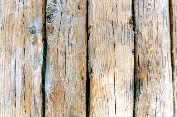 Verja de madera