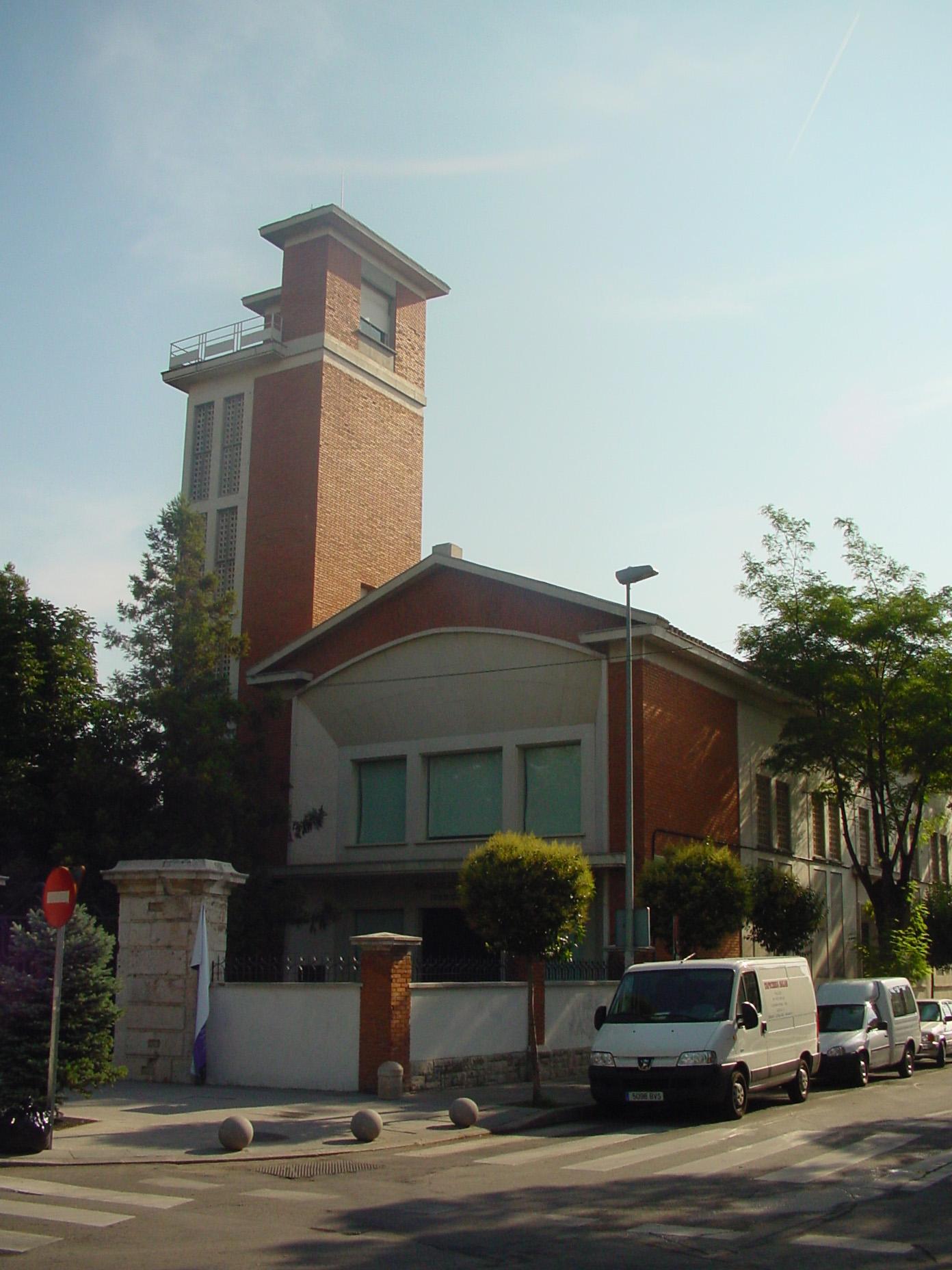 Edificio en San Fernando de Henares