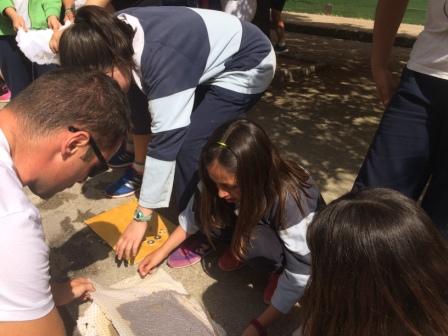 2017_04_21_JORNADAS EN TORNO AL LIBRO_TALLER PAPEL RECICLADO_5º Y 6º 26