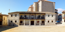 Plaza Ábside con Iglesia al fondo en Colmenar de Oreja