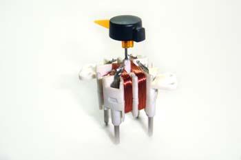 Cuadro de instrumentos. Vista de bobinas del indicador de aguja
