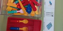 Seminario:material manipulativo para infantil y primaria adaptado a alumnos con T.E.A. 9