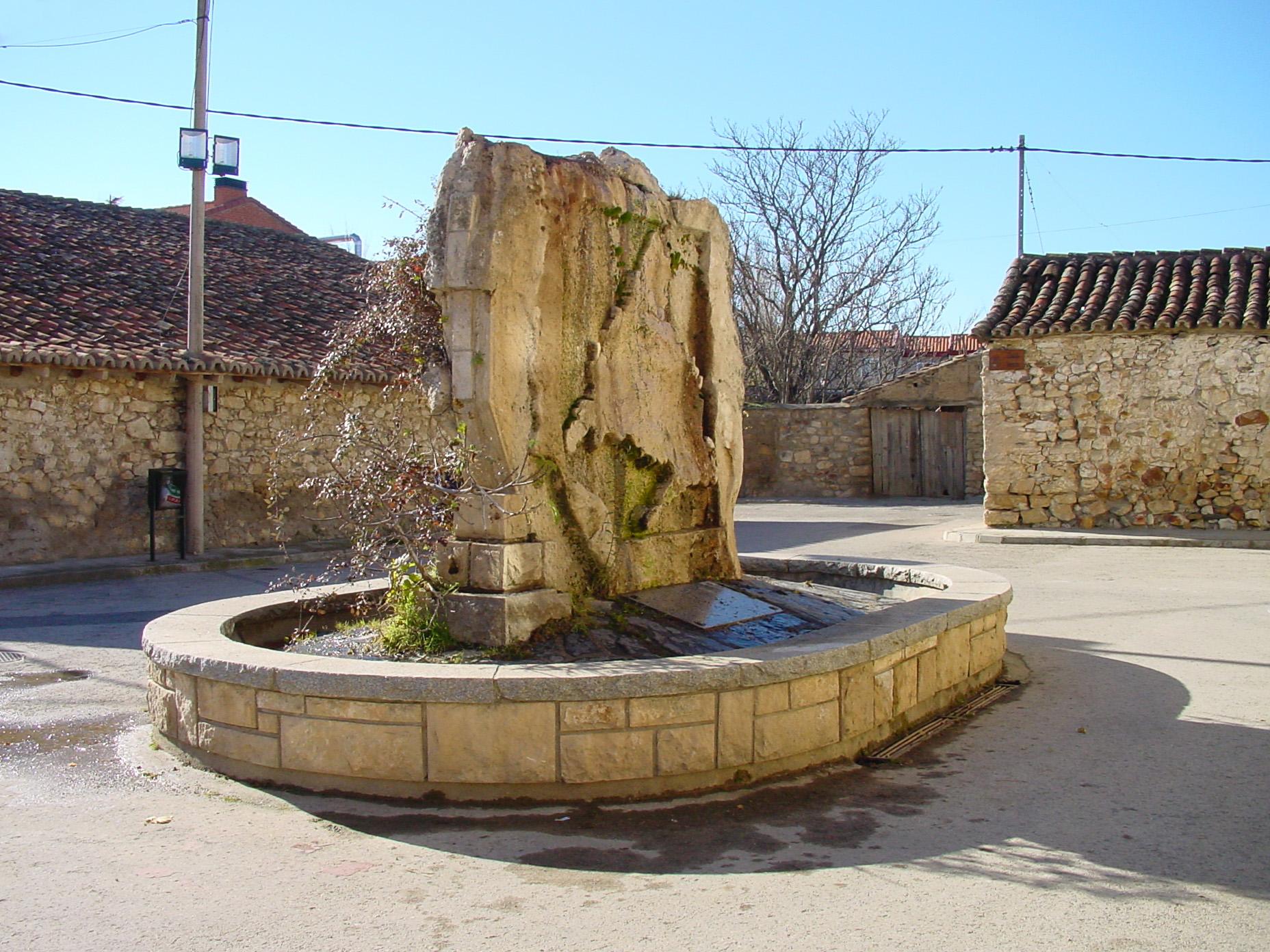 Fuente de piedra en Torremocha del Jarama