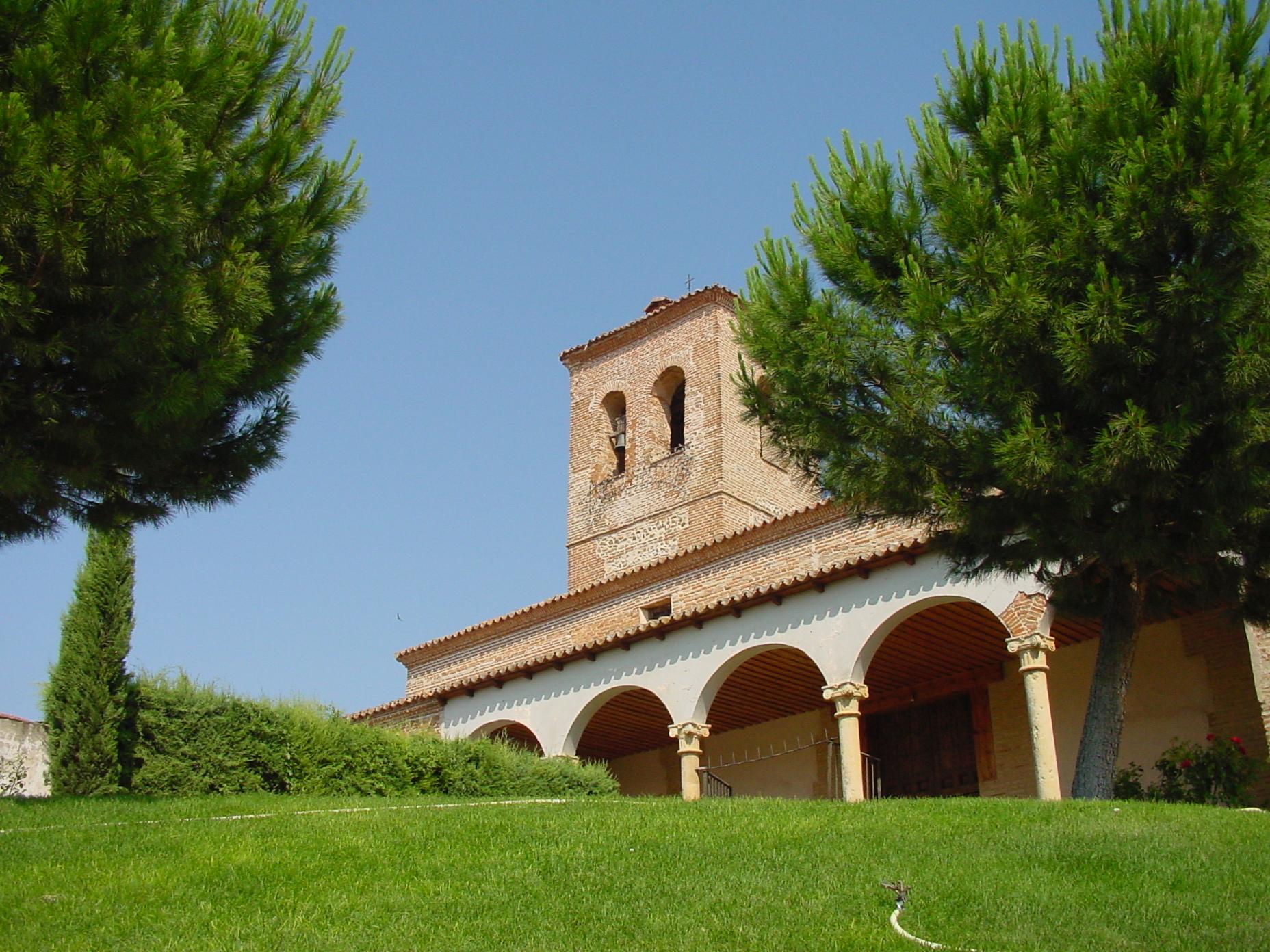 Iglesia en Valdeavero