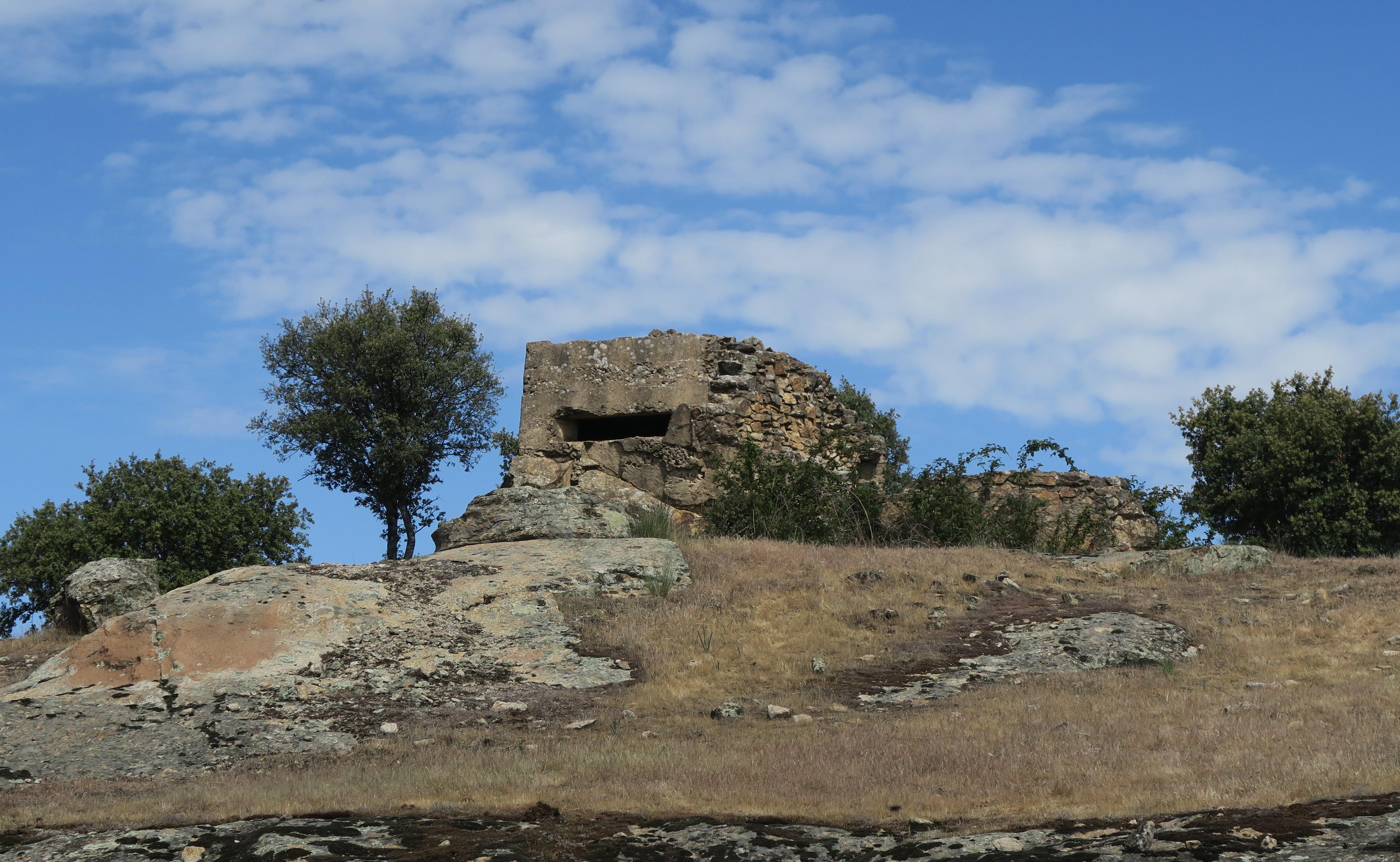 Fortificaciones de la Guerra Civil en Piñuecar-Gandullas (Frente Nacional)