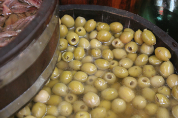 Aceitunas del Mercado de abastos de Sao Paulo, Brasil
