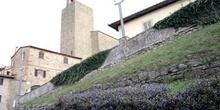Panorámica del pueblo y baptisterio, Vinci