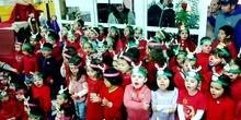 Los alumnos de Educación Infantil del CEBIP Francisco de Quevedo os desean... ¡¡¡FELIZ NAVIDAD!!!
