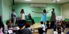 """6º A en el Día del Libro: """"La princesa Blancanube"""" para todo el público del Amadeo"""