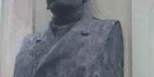 Busto de Ricardo de la Vega