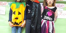 Halloween Photograps (Primary 1) 4