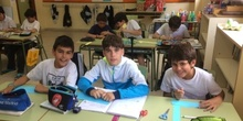 2017_04_21_JORNADAS EN TORNO AL LIBRO_TALLER MARCAPAGINAS_QUINTO 14