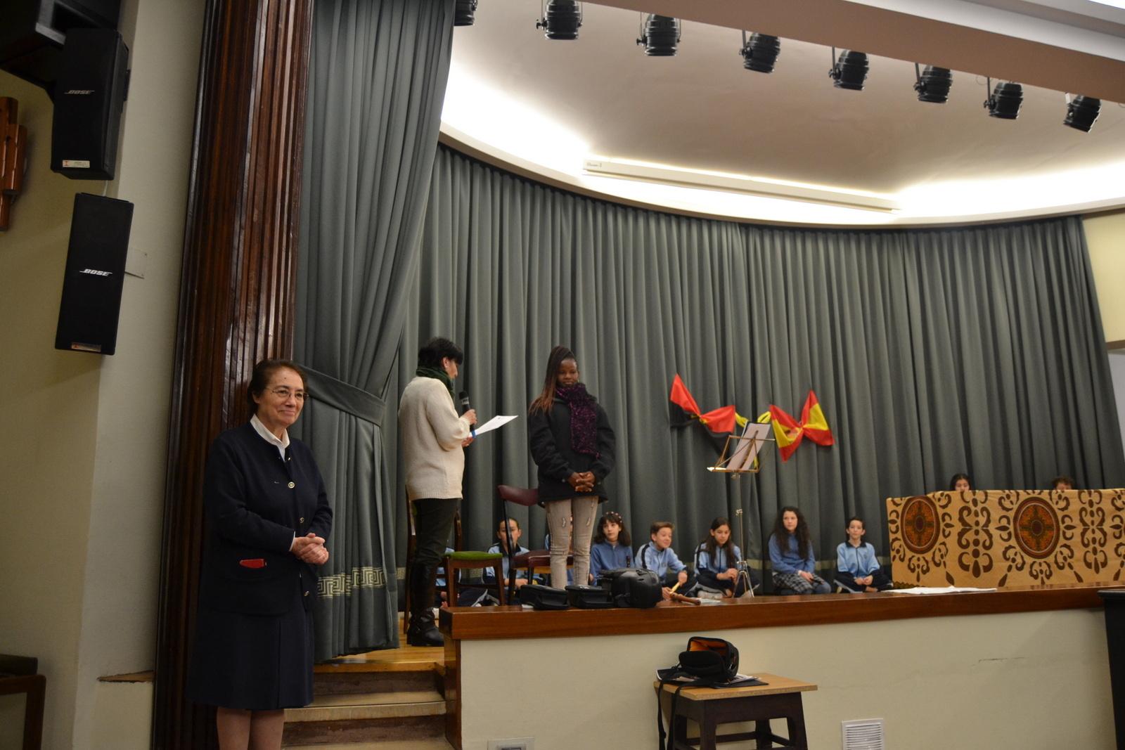 Bienvenida a Susan (profesora de Angola) 15