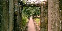 Pasillo en Angkor, Camboya
