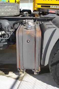 Vehículos industriales. Depósito auxiliar de aceite hidráulico