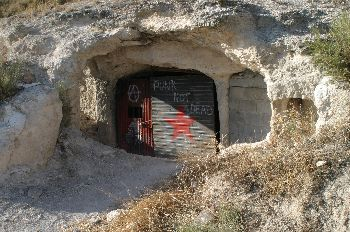 Bodega en una cueva, Sacramenia, Segovia, Castilla y León