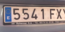Cazando números en el parking del CP Mirasierra