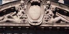 Frontón de la Civic Opera House, Chicago, Estados Unidos