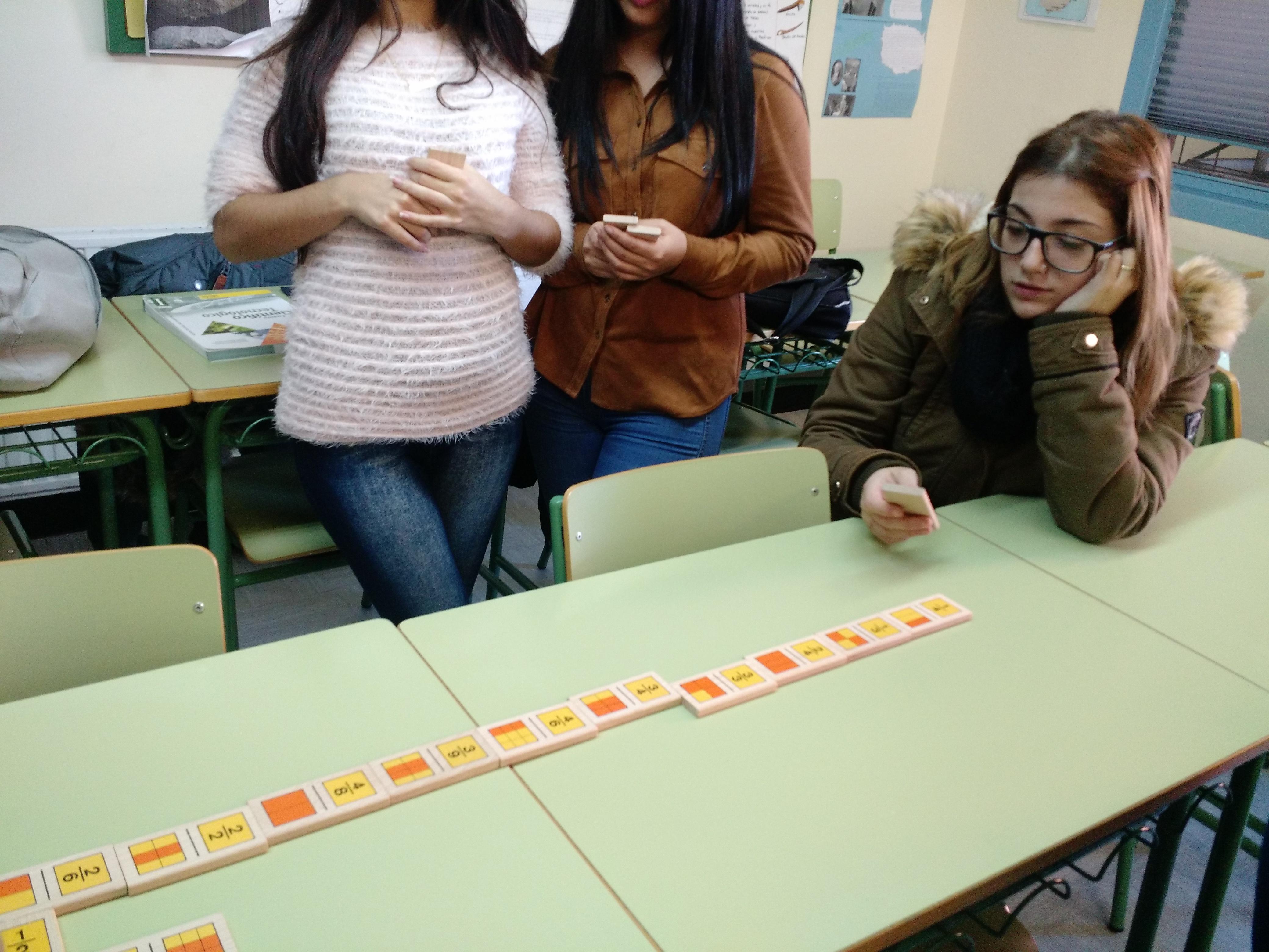 Jugando al dominó (fracciones) 4