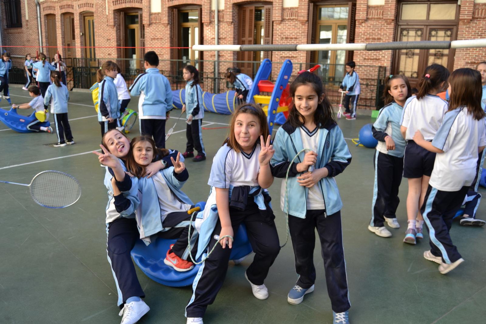 JORNADAS CULTURALES 2019: Juegos 3º y 4º Edu. Primaria 3