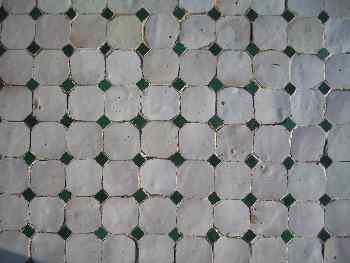 Baldosines cuadrados blancos