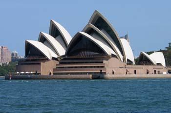 La Opera House desde la bahía, Sydney, Australia