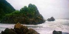 Formaciones geológicas en la costa del mar de Tasmania, Nueva Ze