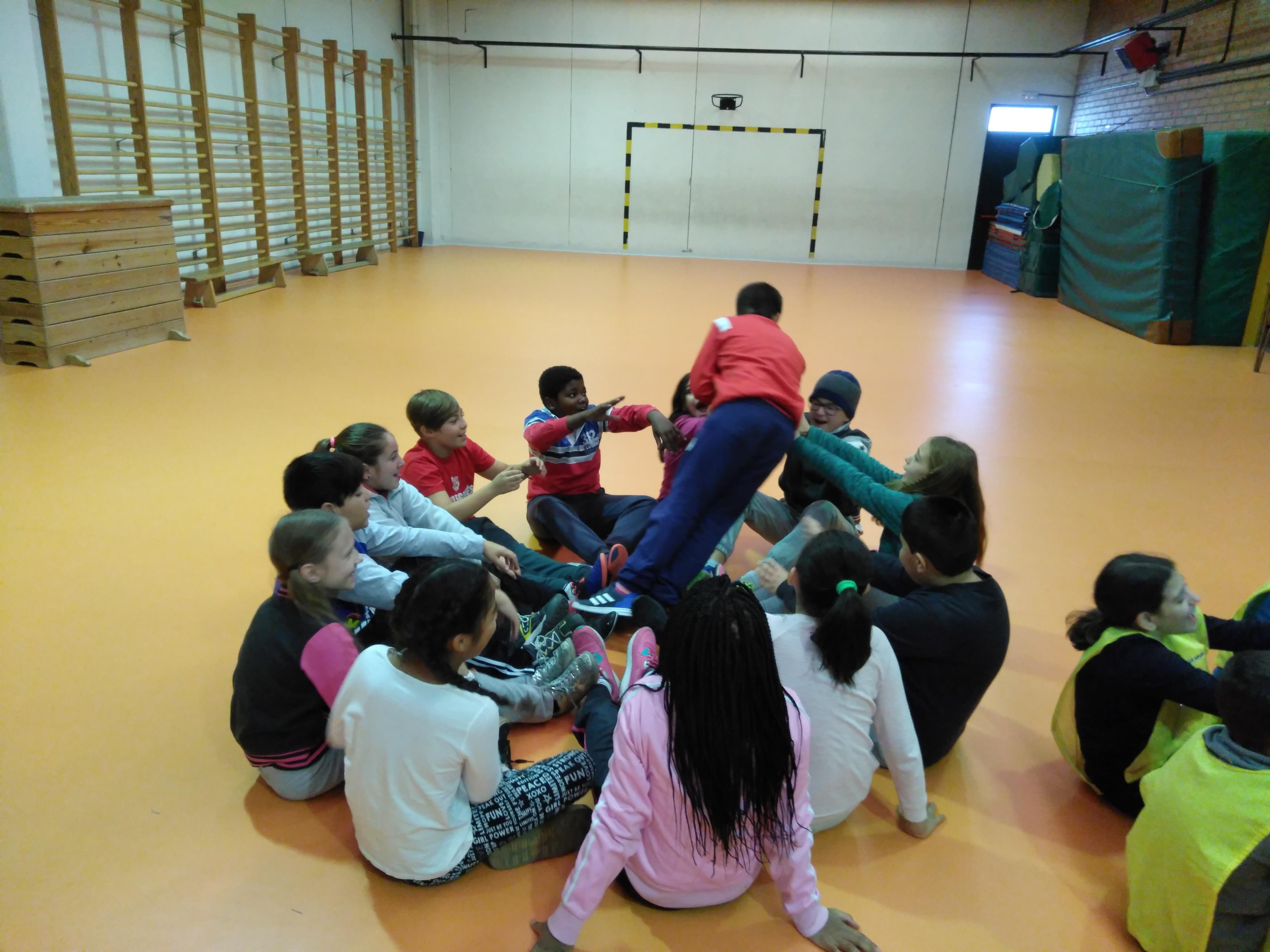 Convivencia en Educación física 8